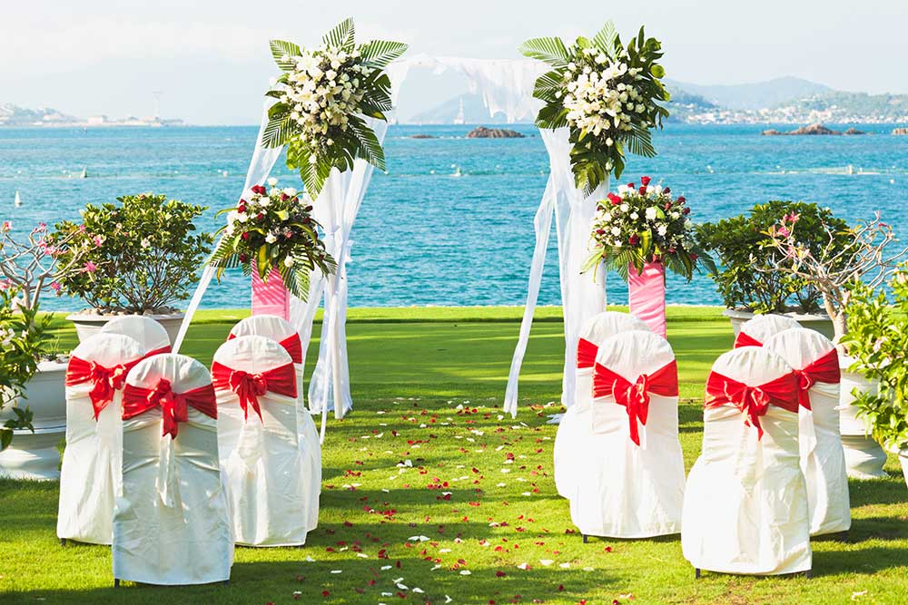 wedding ceremony in the bahamas
