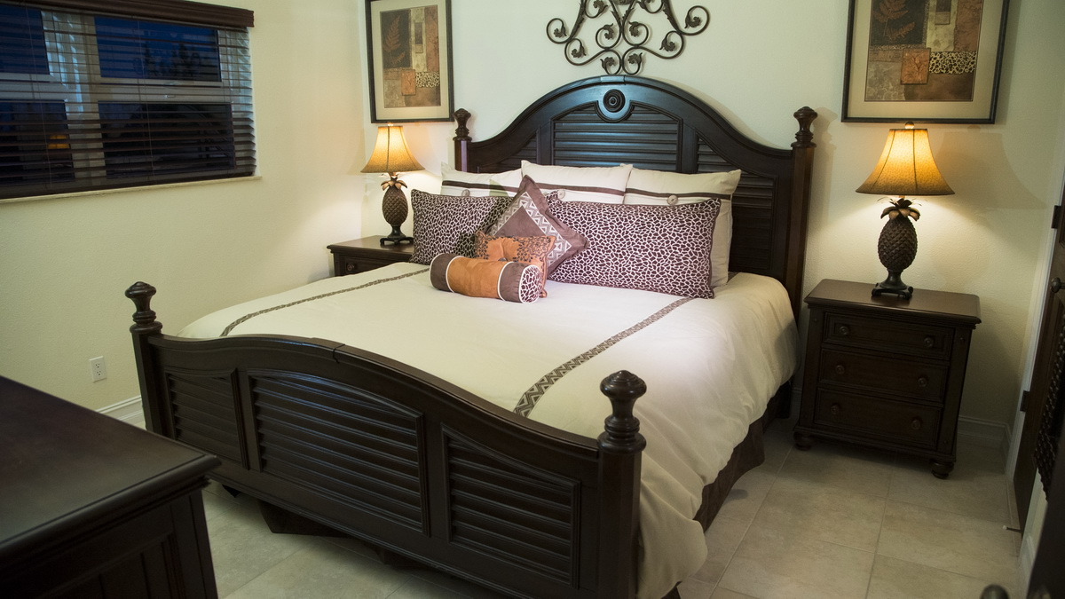 blue marlin cove queen bed
